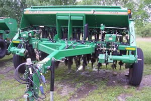 10' Great Plains No-Till Drill